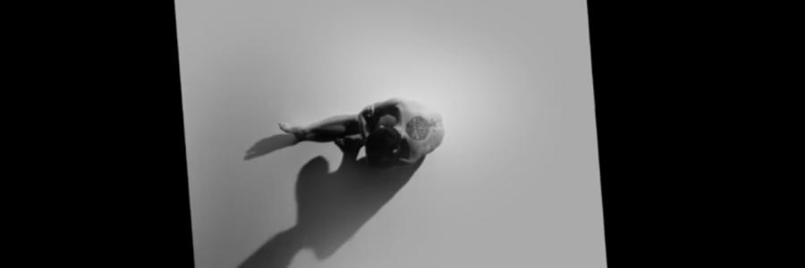 «Au début» – [CLIP]